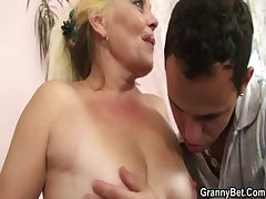 Fair-haired old mature gets her prudish pussy slammed
