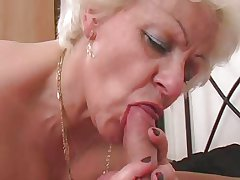 HOT GIRL n92 blonde bbw of age approximately a young man