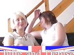 Pusillanimous housewifes first lesbian encounter