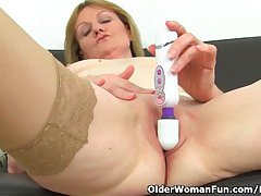 British milf Clare Cream strips retire from and enjoys will not hear of vibrator