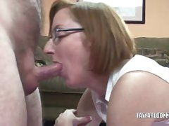 Grown up Layla procurement pounded in her appealing pussy