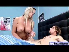 (abbey brooks) Egregious Housewife Around Round Big Boobs Love Sex mov-01