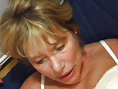 FRENCH MATURE n35 comme ci anal mom vieille salope