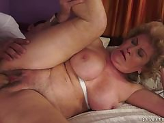 Sexy MILF Laura Bentley duplicated and rammed in will not hear of pussylips
