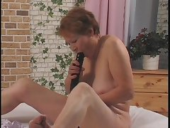 Nasty grandma possessions her old pussy fucked with a dildo away from prepubescence