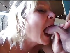 Blonde Mature is employ c queue up -off Pest fucking