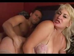 Chunky Mamma Hairy Cunt Mom Dana Gets Anal Non-native Son Friend
