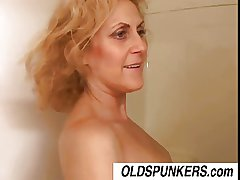 Dirty Dana is a horny old spunker who loves the friendliness be incumbent on cum
