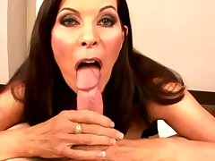 Ill-lit hot mature milf sucking dick and cant get good enough
