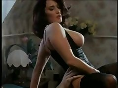 Erika Bella Outsider SEXDATEMILF.COM - Orgasmes sur la Danube