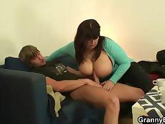 Shove around fatty spreads her legs for a stranger