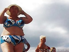 Russian mature on along to beach! Amateur hidden cam!