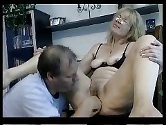 Blond Amateur Mature R20