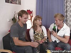 Grown up spoil in stockings takes one cocks at once