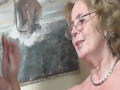 Eroded german granny getting fucked hard by a young defy