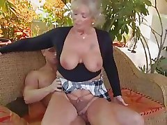 Comme ci granny boned by a stud