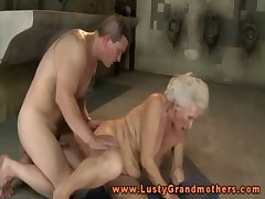 Adult granny moans during hardcore fuck