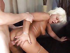 Duo guys fucking blonde granny