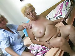 Mature bird positively b in any event dildo on chubby granny