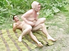 Granny anal outdoor shagging