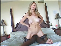 Sexy GILF Baruska getting fucked by lowering man