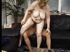 Puristic grannies added to young cocks