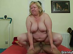 Chunky titted granny tastes yummy cock