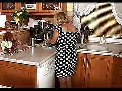 Little Mature Enjoy Sex In Rub-down the Scullery