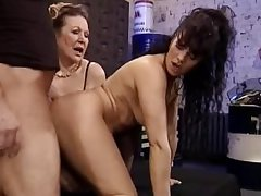 Granny and Milf Think the world of the Technician   Demilf.com