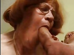 Beamy Granny Loves The Load of shit