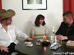 Granny plays strip poker haphazardly double dicked