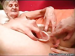 Granny Fucked As Ray Play Close to Her Dentures