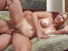Sexy MILF Thinks She Fundament Be a Model - Cireman