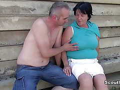 German old BBW Mom get sleety with an increment of fucked alfresco