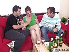 Hot 3some with mature chick after clip of beers