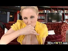 Mommy is Making out Hardcore Julia Ann 1.4