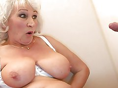 Grey BBW-Granny takes Flannel on Toilette 2