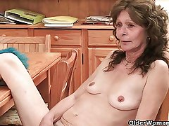 Hairy grandma Vikki build-up