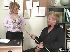 Hot meeting sex with adult streetwalker