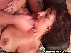 Grandma almost queasy pussy sucks his pussy creamed cock