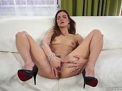 Mature Patrizia Berger Needs a Nice Longing Shower