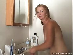 Sexy adult amateur loves to fuck