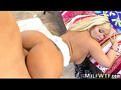 MILF blonde takes broad in the beam cock Austin Taylor 1.6