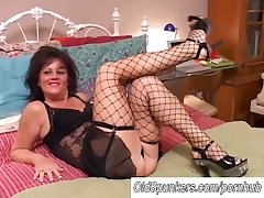 Downcast old spunker there stockings Debella enjoys a facial cumshot