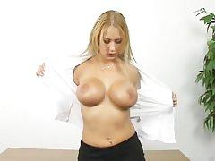 Sexy mature blonde shows how she masturbate