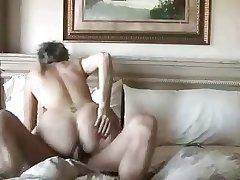 Tiro mature couple