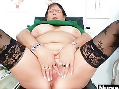 Adult BBW wed is pinpointing her fat pussy