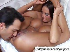 Sexy MILF Cheyenne Hunter is a hot fuck