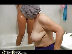 OmaPass BBW broad in the beam Granny with grey Mature woman in bath