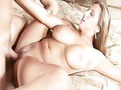 Frying milf fucking and receives cim superior to before their way tits